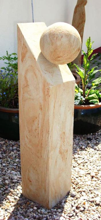 Stele abgeschrägt mit Steinkugel 100/20/20  Art.-Nr. 540s