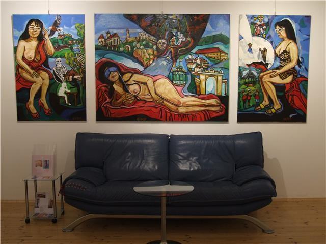 """""""Garser Wein"""" von Matthias Laurenz Gräff, Ausstellung in der Galerie Daliko, Krems an der Donau, Foto Galerie DALIKO, Krems an der Doinau"""
