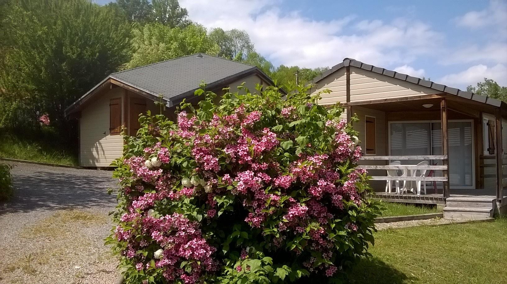 Notre village de vacances fleuri