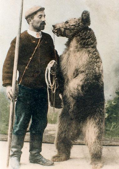 Les montreurs d'ours de la vallée d'Ercé