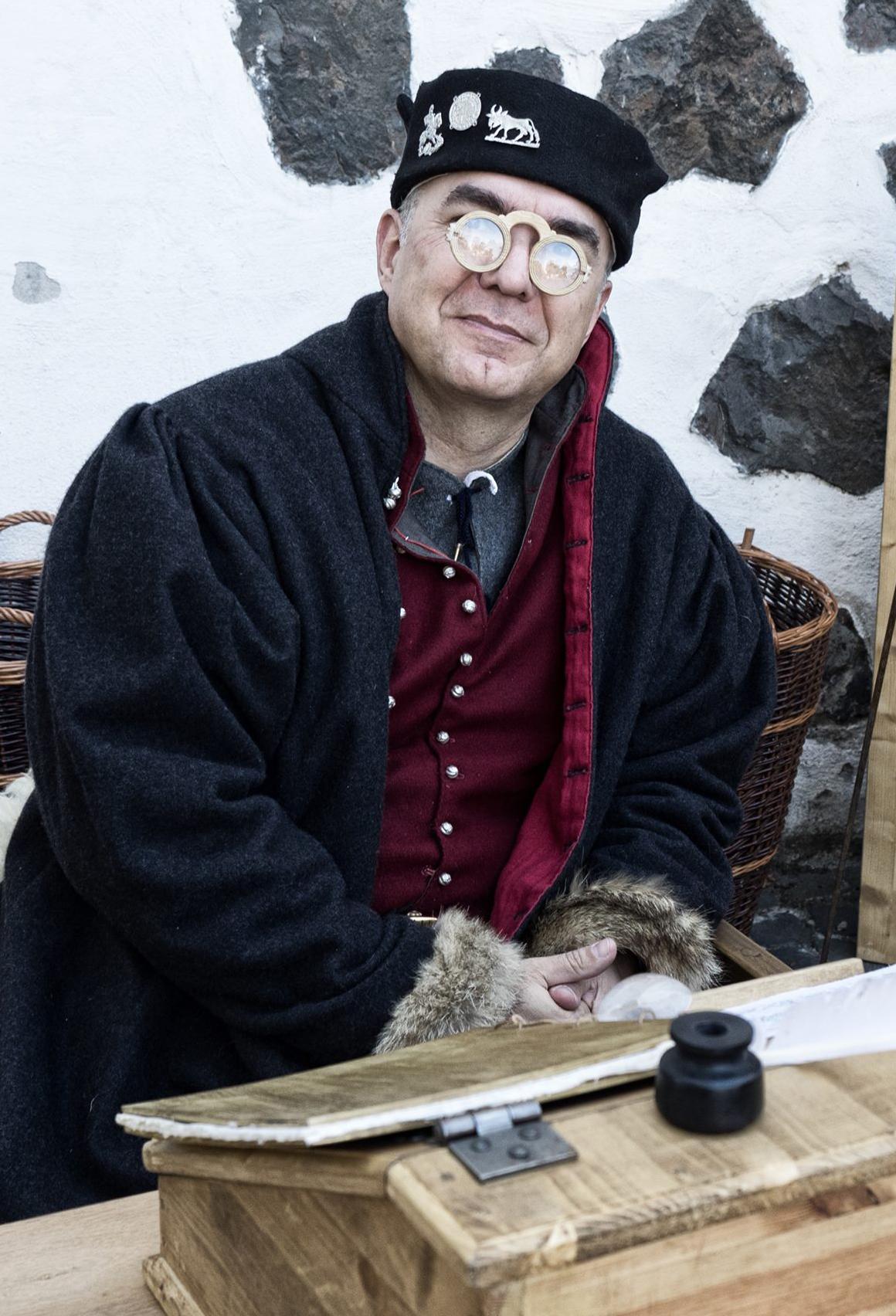 Johann von Hoheneck, Reisiger mit Schaller