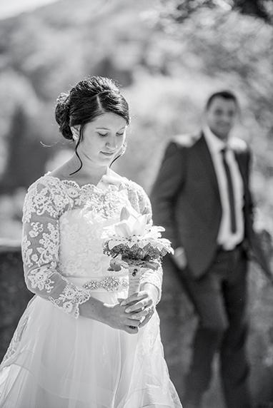 Hochzeit mit Braut im Vordergrund