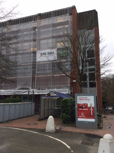 Beginn Einrüstung 2018, BGH 1 in Hamburg, Beschattungen und Fassadensanierung