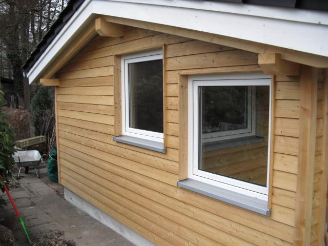 Kunststoff Fenster in einem Gartenhaus