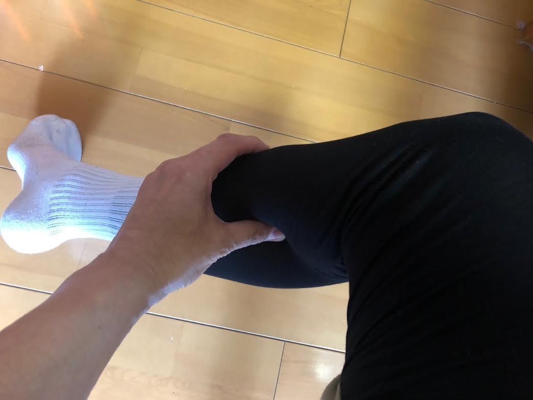 腰痛緩和に下肢のマッサージ