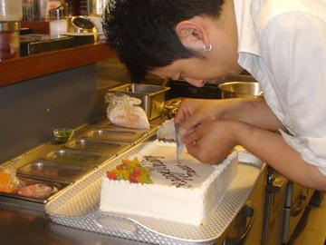料理やソースにドレッシング、そしてケーキも全て手作りの完全無添加◎