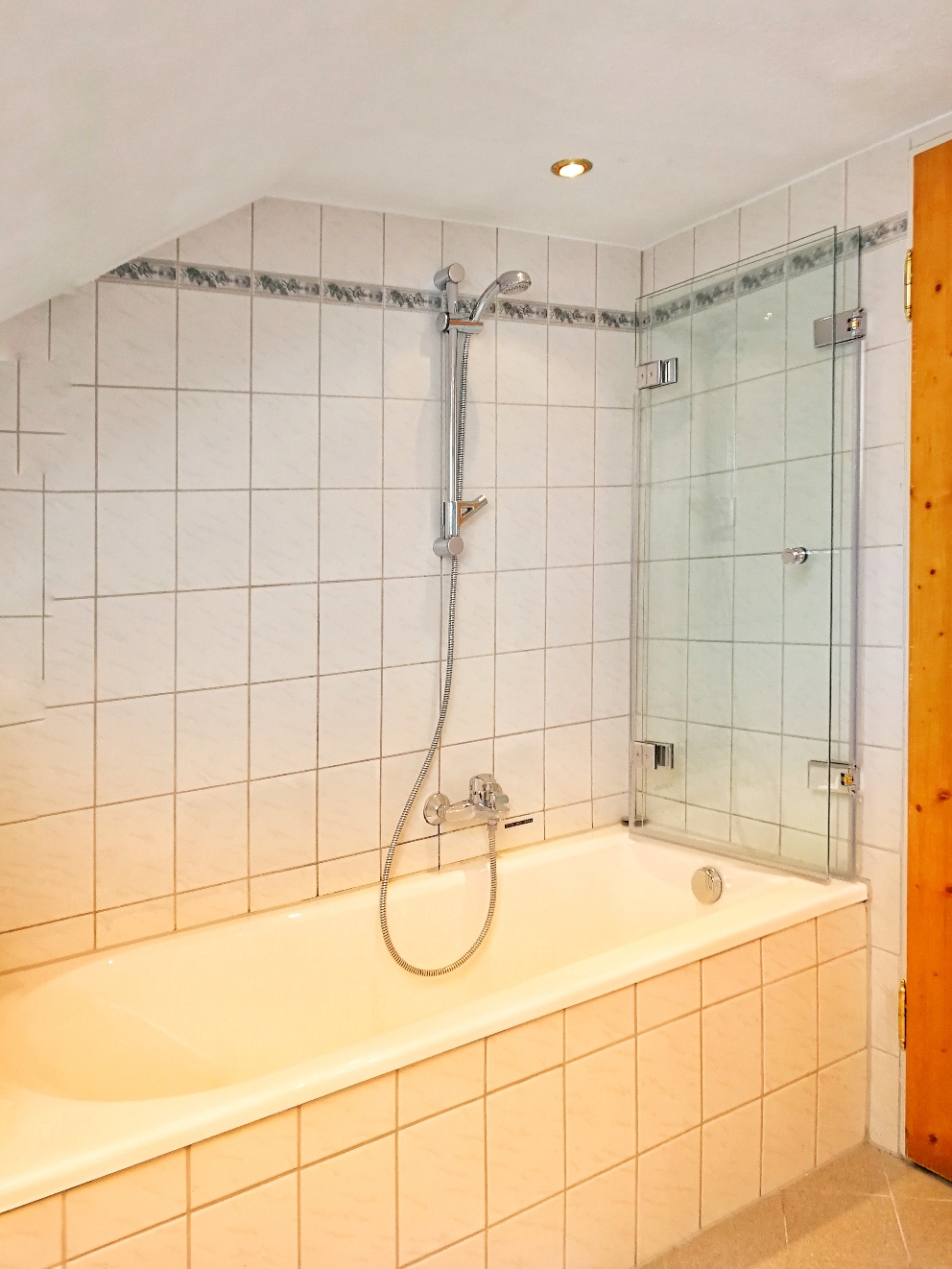 ... and with Bathtube\ Shower