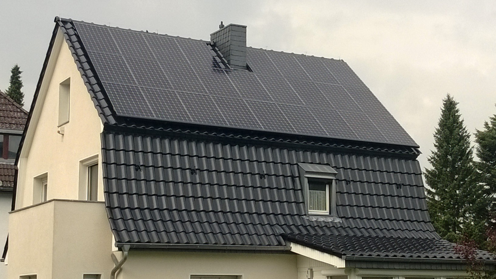 8,97 kWp Sunpower (X21 345W Module) mit Solaredge Wechselrichter in Berlin