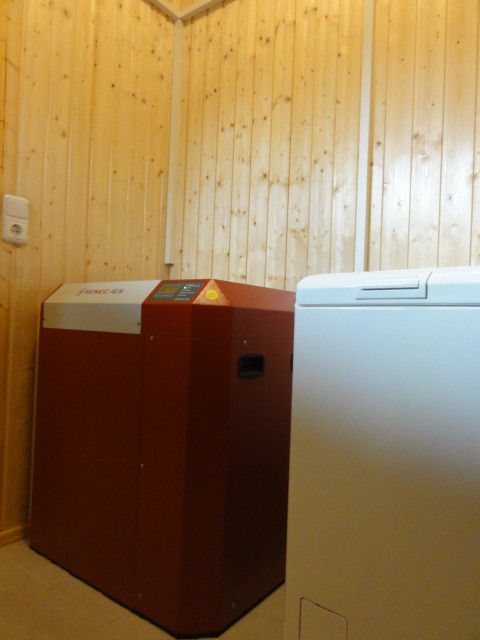 8 kW Pb Speicher SENEC.IES mit EconamicGrid in Wendisch Rietz