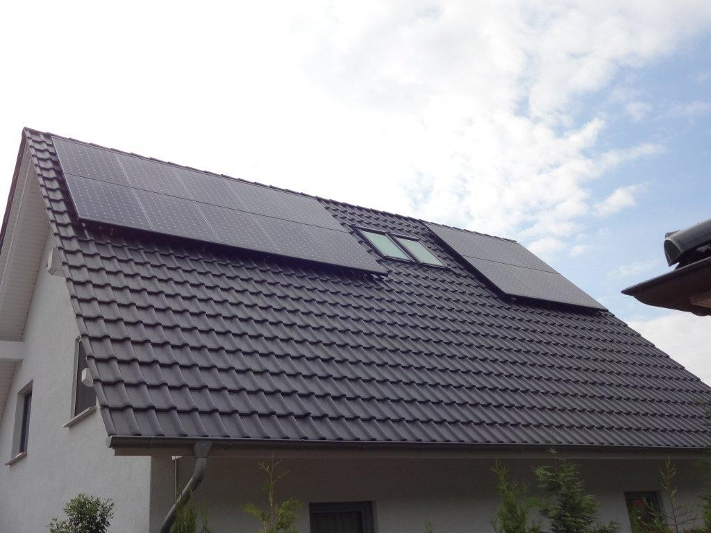 11,45 kWp Ost/West Belegung, Sunpower mit Solaredge Wechselrichter in Rostock
