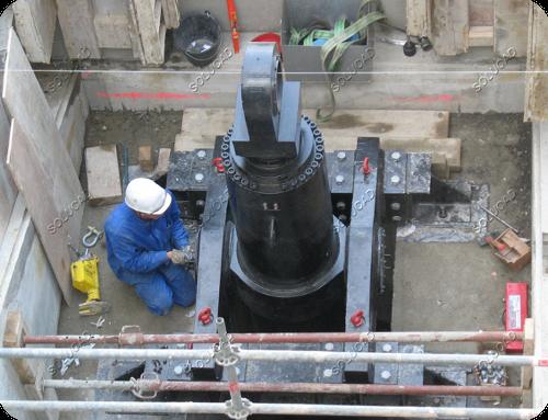 Clapet évacuateur de crues - Vérin hydraulique manoeuvre