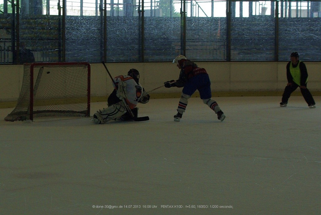 Platzierung: Crashbulls vs. EHC - Penalty durch Tomas Czerny