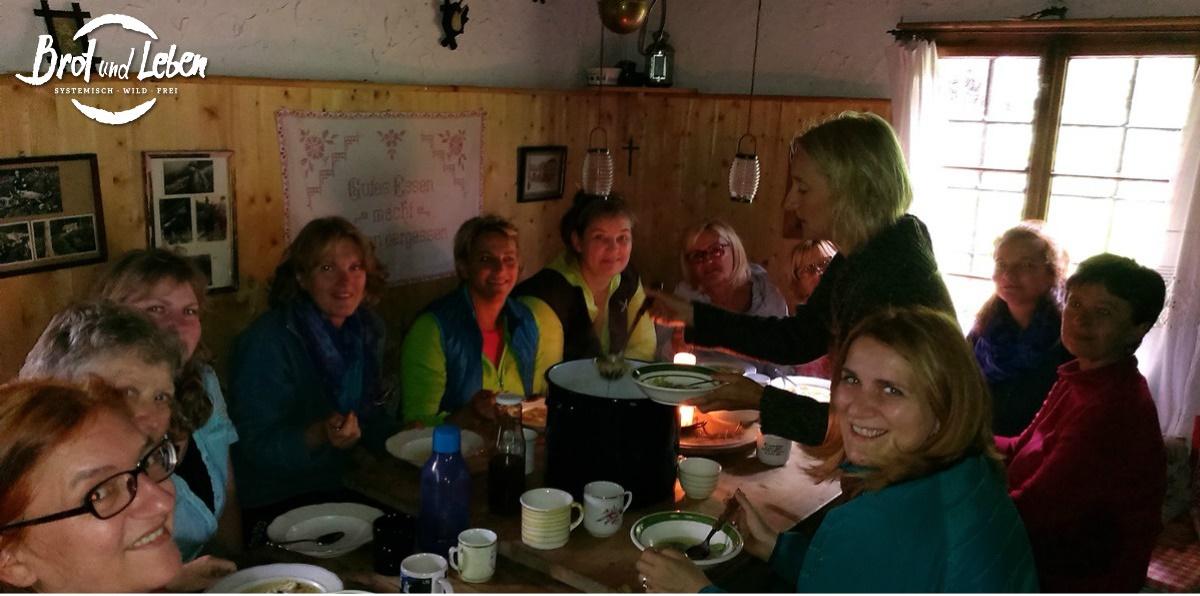 Essen in der Hütte