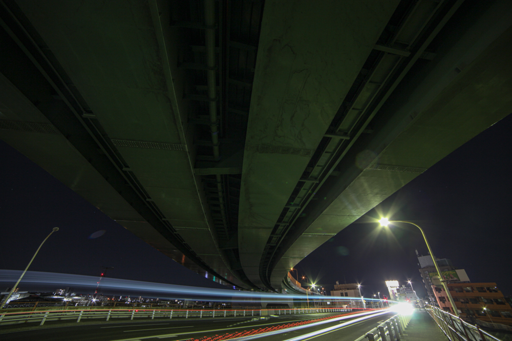 "黄金跨線橋  CanonEOS 5Dmk2  SAMYANG 14mmF2.8  iso100 14mm f8 15"" M  photo : toshimasa"