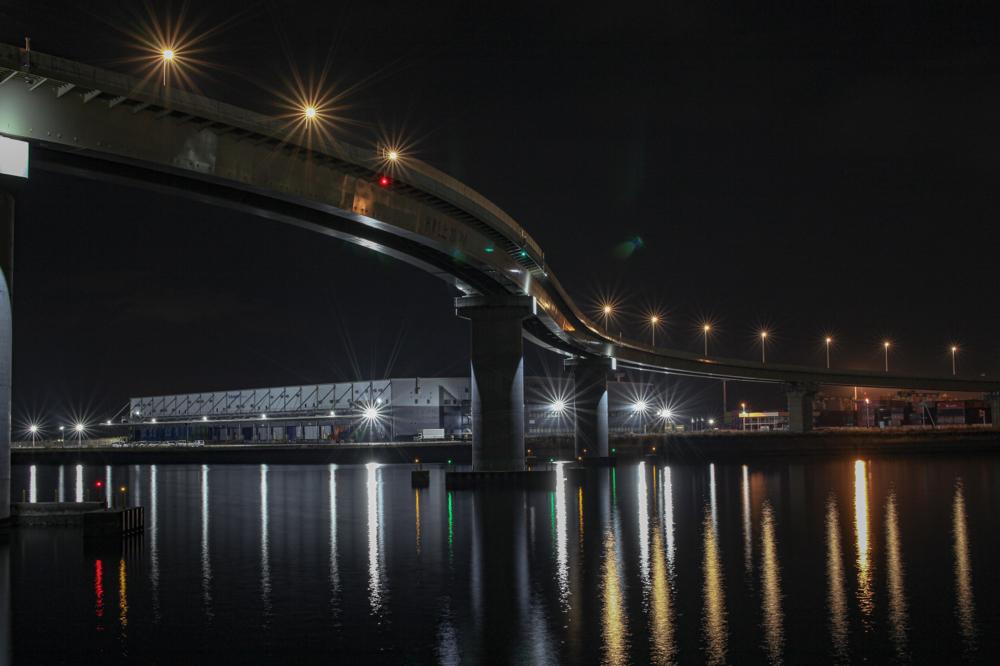 """四日市いなばポートライン  CanonEOS 5Dmk2  Sigma50mmF1.4EX DG  iso100 50mm f10 20"""" M  photo: toshimasa"""