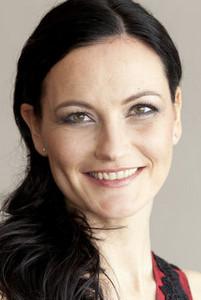 Moderatorin Margit Bacher