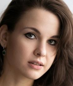 Ksenia K - 20100