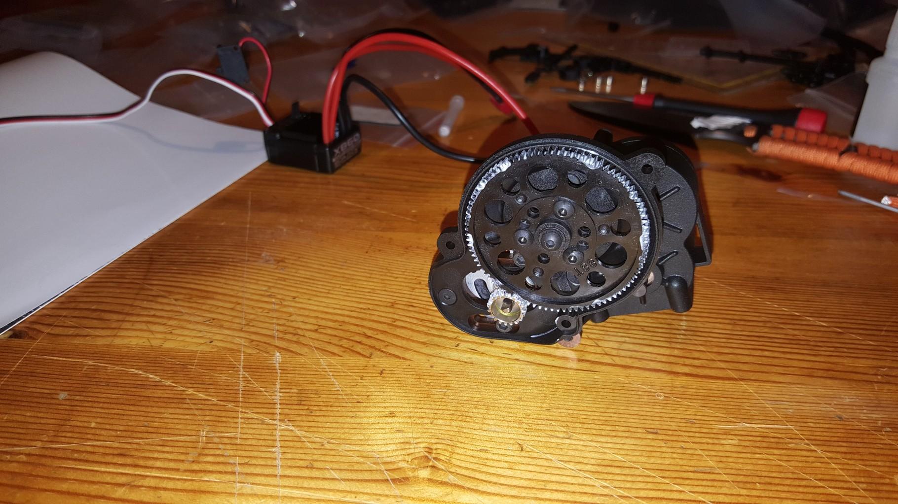 MST CMX - Aufbau des Getriebes inkl. Motor