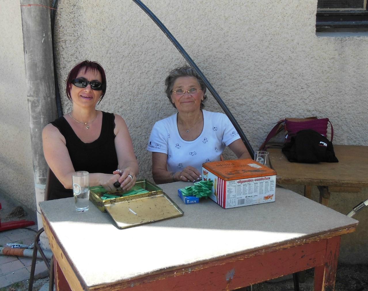Les filles bénévoles pour le SCP