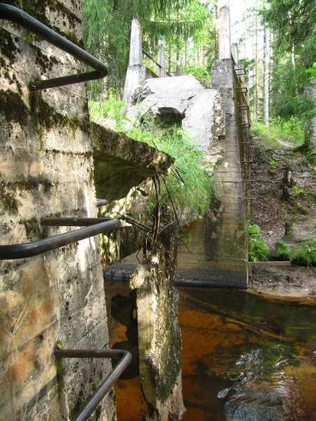 Поручни-ступеньки на фермах моста