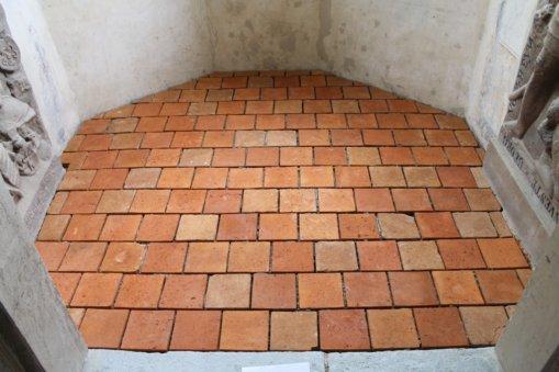 Fußbodensanierung Schlosskapelle Heynitz 2015, Foto: Eike von Watzdorf