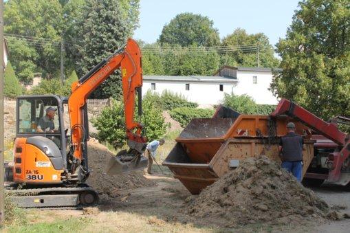 Bauschuttentsorgung, Gutshof Heynitz 2018, Foto: Elisabeth von Watzdorf