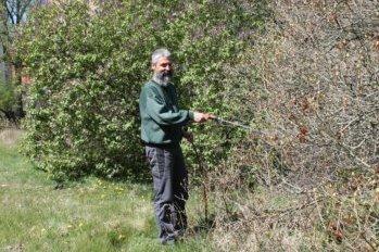 Bewässerung Schlosspark - Trockenheit schon im April