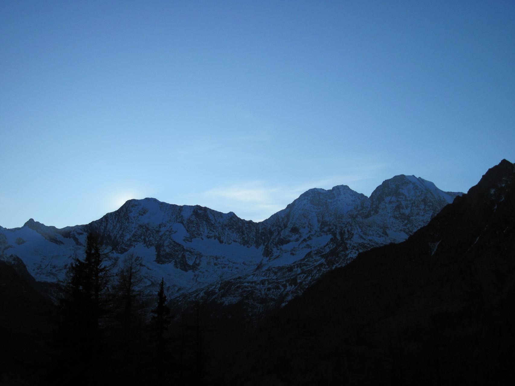 Sonnenuntergang mit Weissmies, Lagginhorn und Fletschhorn
