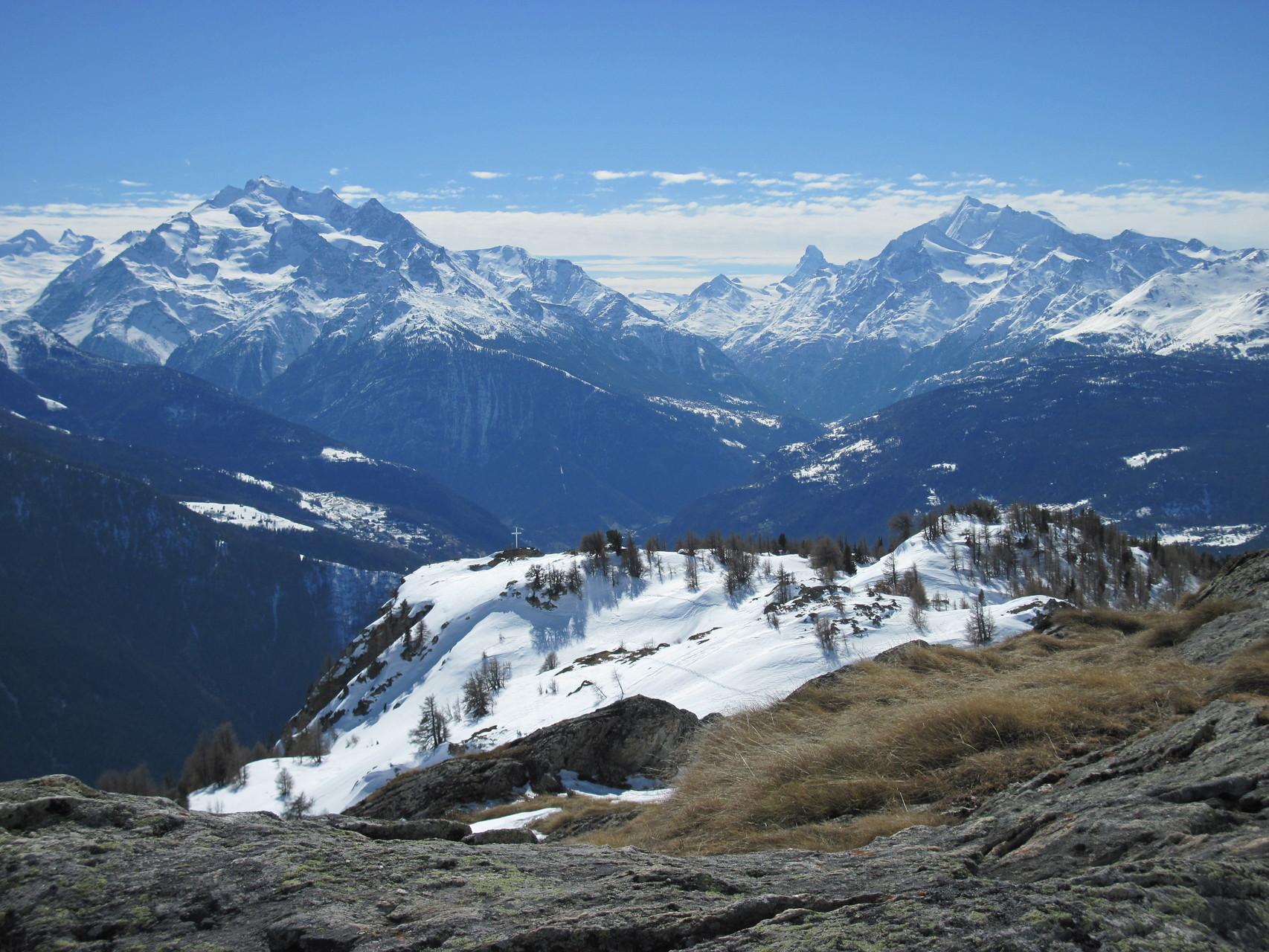 Ausblick zum Bättchrizji und das Mattertal