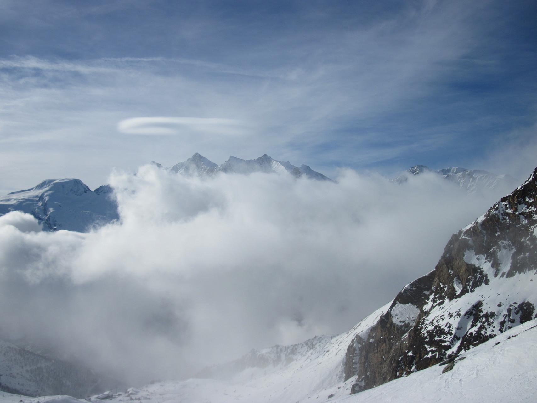 ...über den Wolken, muss die Freiheit wohl grenzenlos sein...