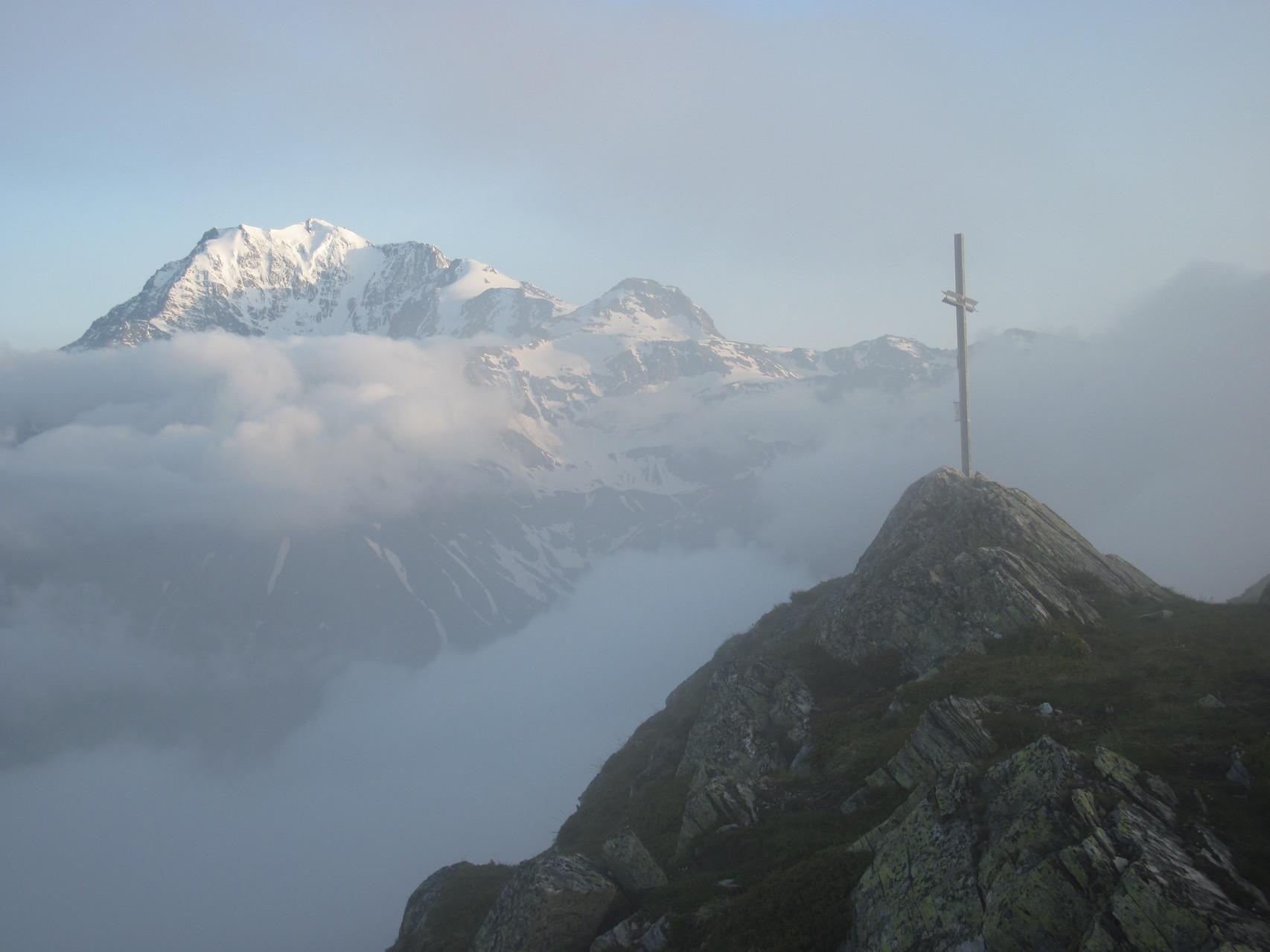 Staldhorn (Hintergrund Fletschhorn)
