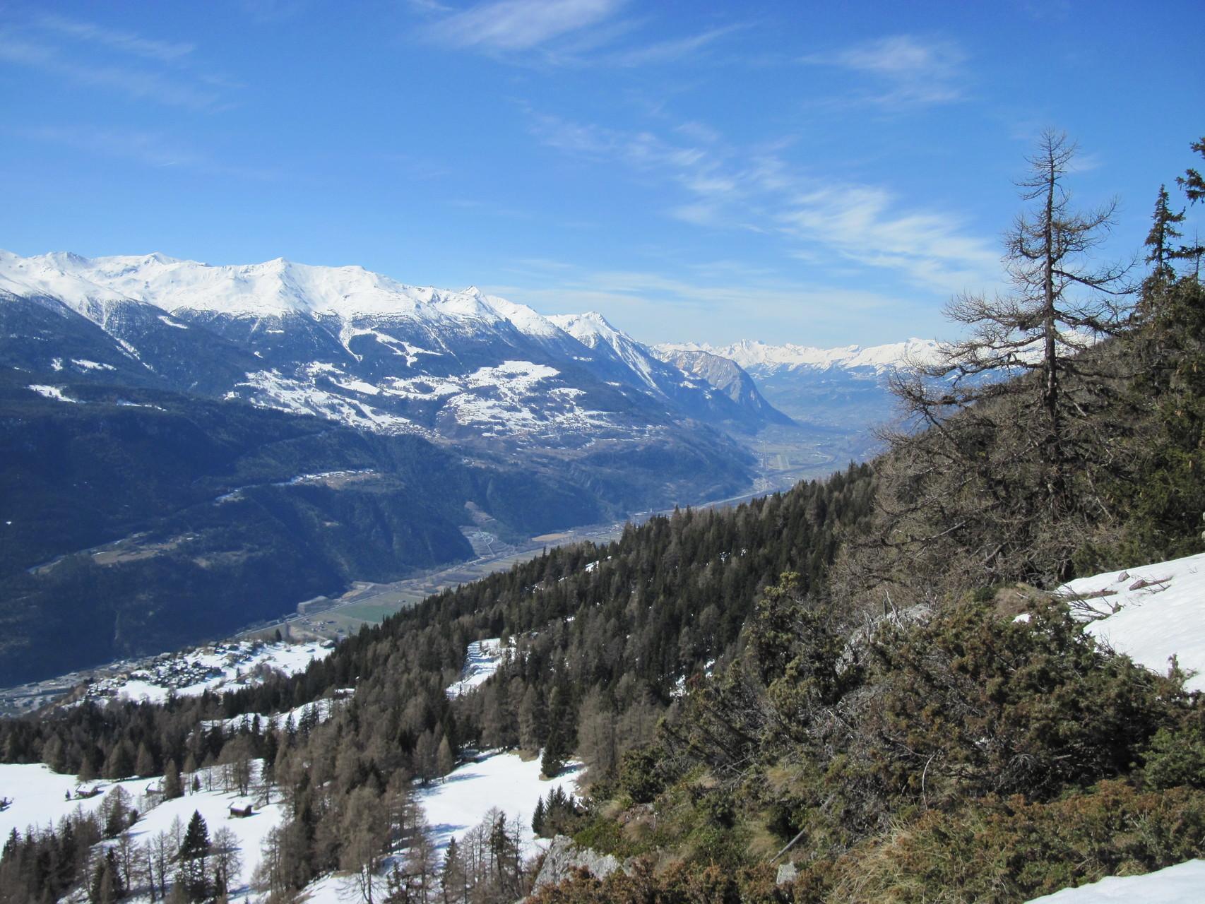 Ausblick ins Rhonetal