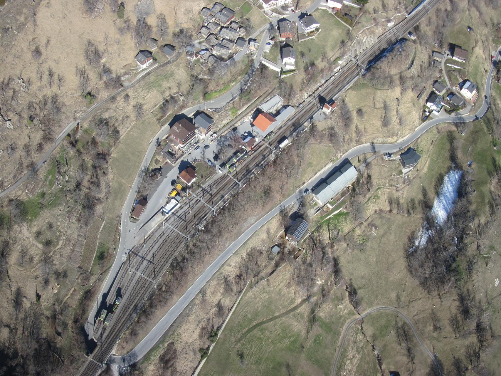 Bahnhof Ausserberg aus der Vogelperspektive