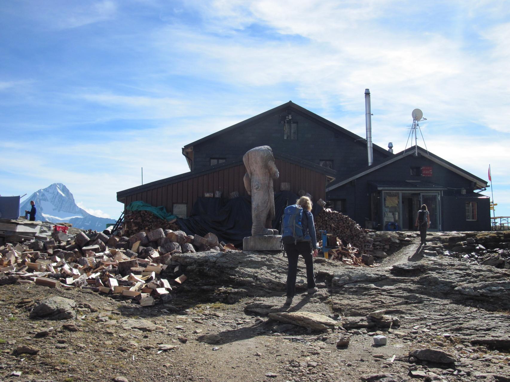 Ankunft Lötschenpass und Lötschenpasshütte