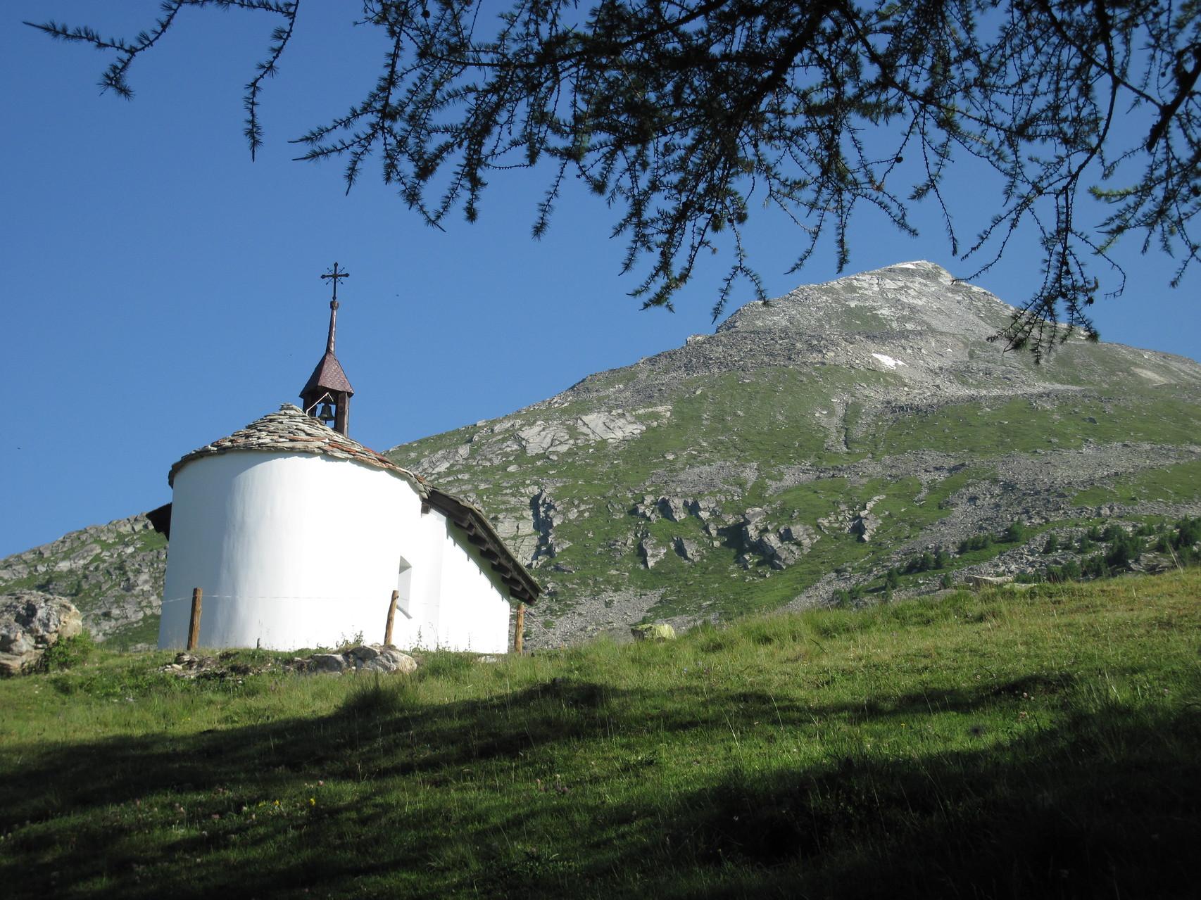 Kapelle Brischeralp mit Gärsthorn