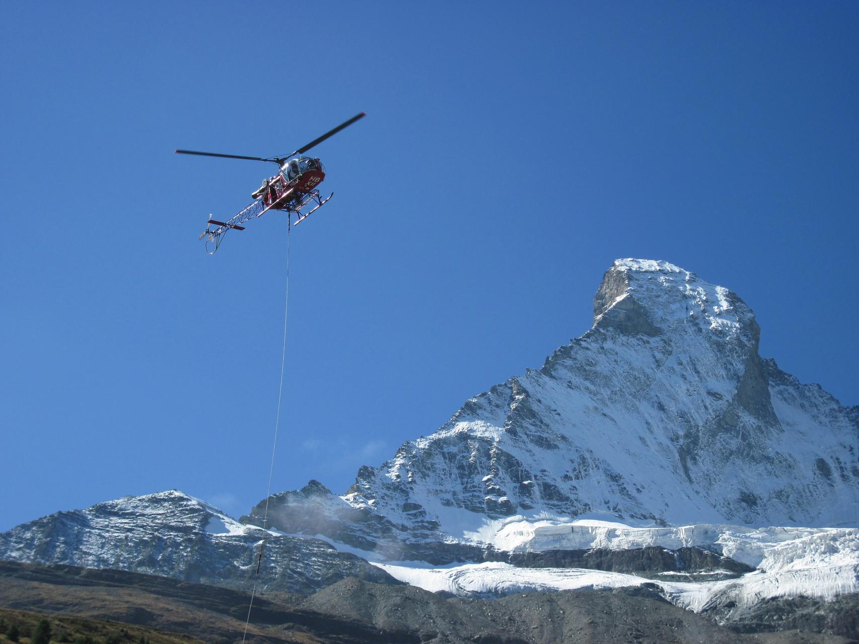 Matterhorn mit Heli vo Air Zermatt