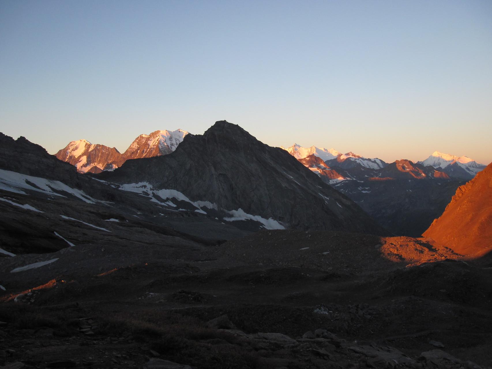 Sonnenaufgang über dem Wallis