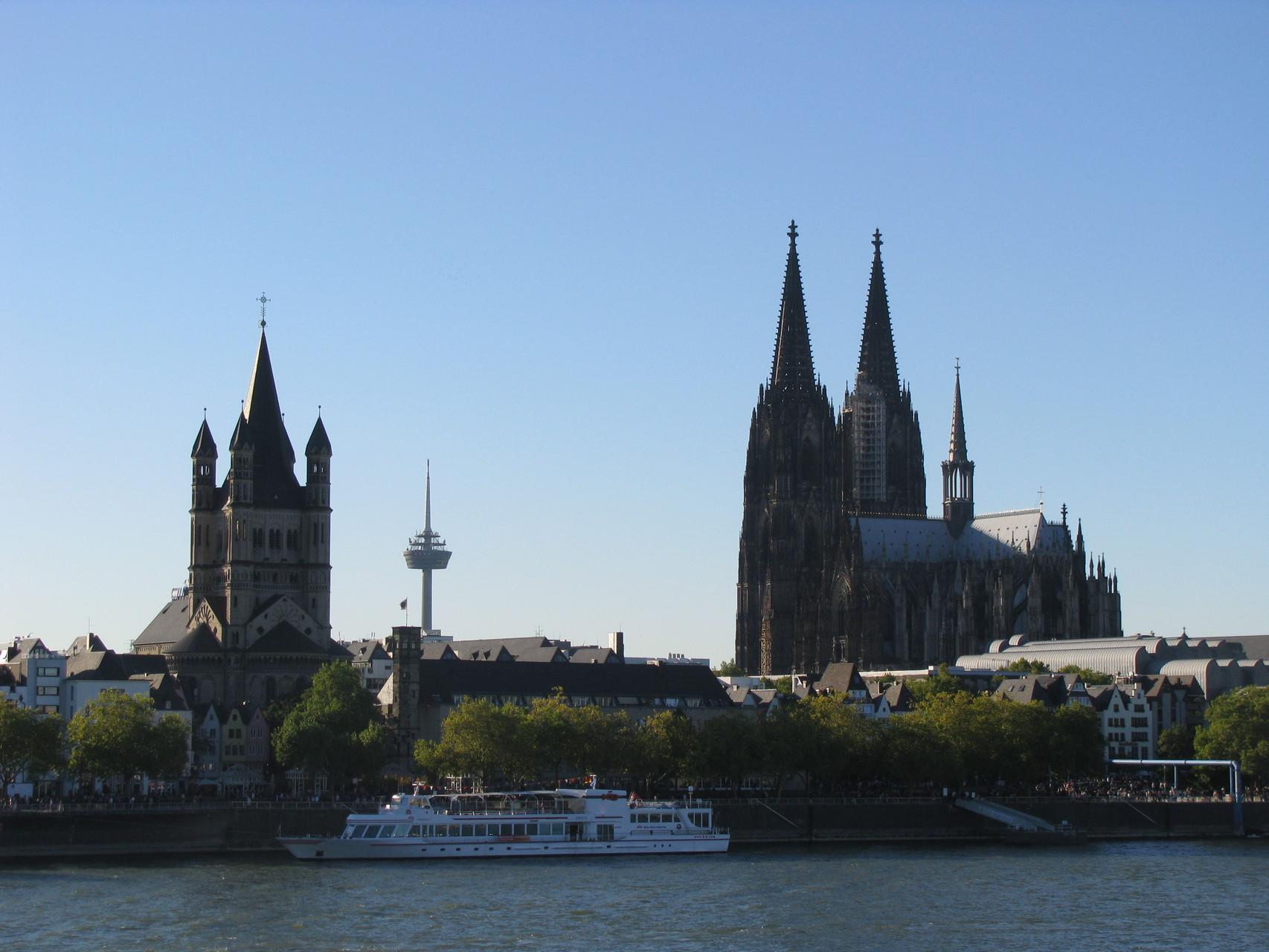 """Geführte Fahrradtour - Blick auf die """"Schokoladen-Seite"""" Kölns"""