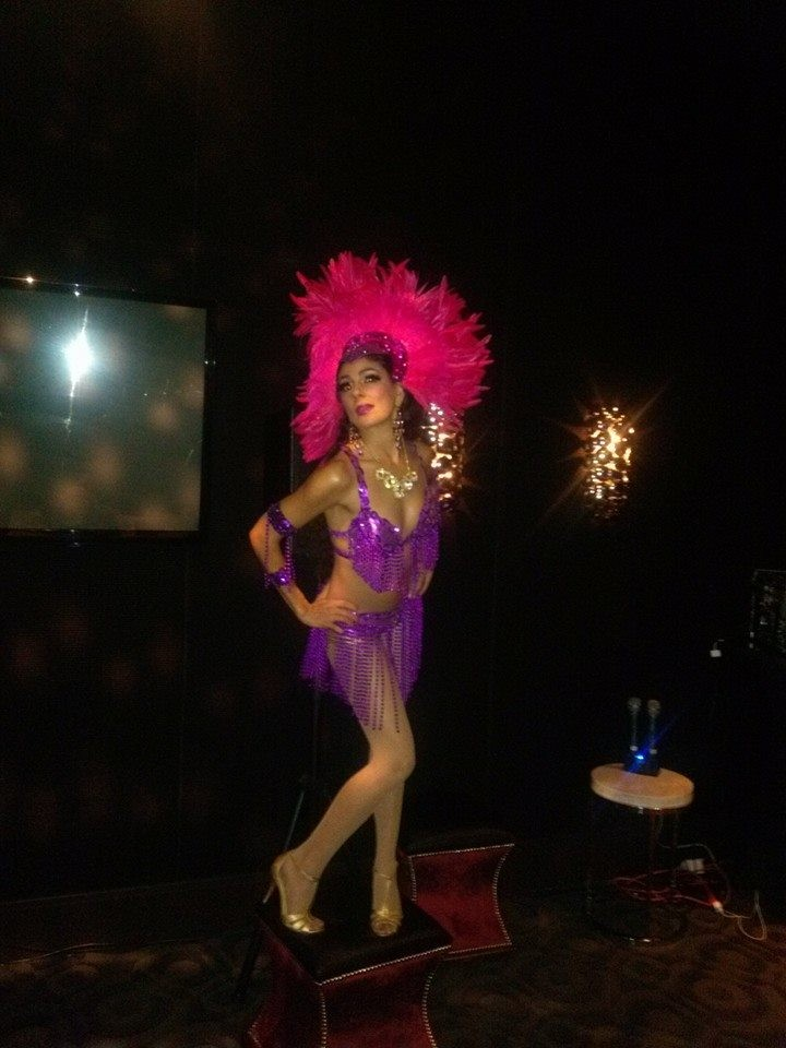 Viva Las Vegas! Showgirl for All-Star Showgrams