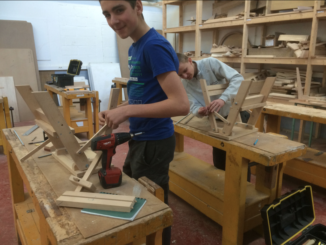Fabrication manuelle
