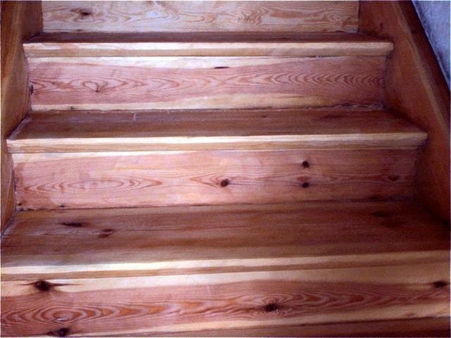 Treppe mit Acryl-Wasserlack versiegelt