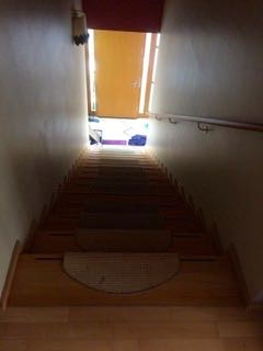 Parkett Treppen schleifen alte Versiegelung Grossbeerenstrasse Glienicke Berlin