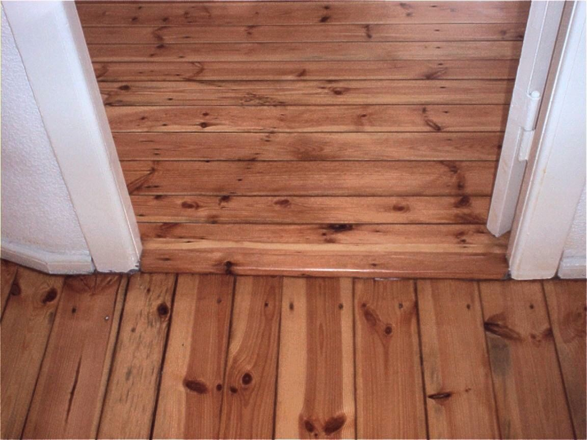 Dielenböden und Türschweller schleifen, Versiegelung Holzhartöl