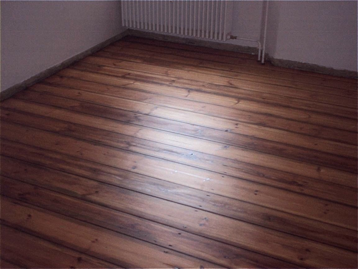 Sanding floorboards, Le Tonkinois satin