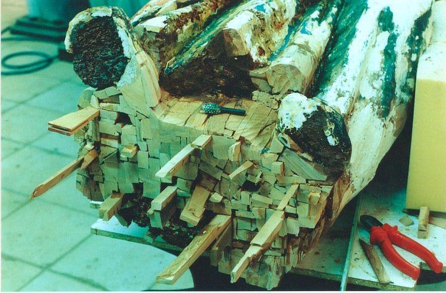 E' necessario riprendere i vuoti presenti con del nuovo legno