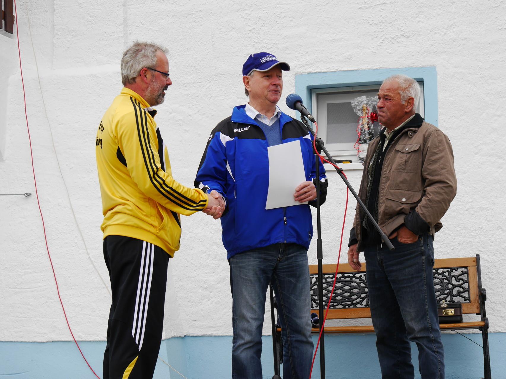 Dankeschön an Udo und Günter Thiele für die vielen Arbeitsstunden im Verein.