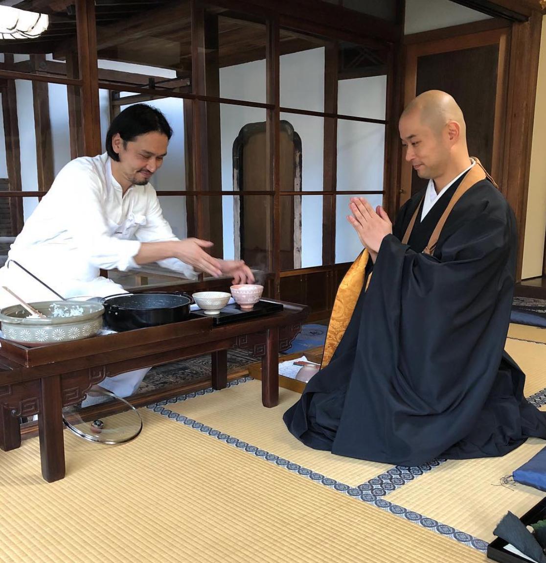 禅寺食堂「座る、食べる、歩く」