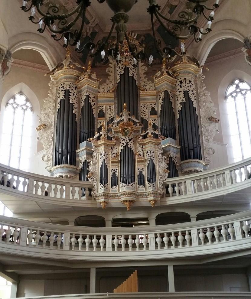 ... imposanten Hildebrandt-Orgel.