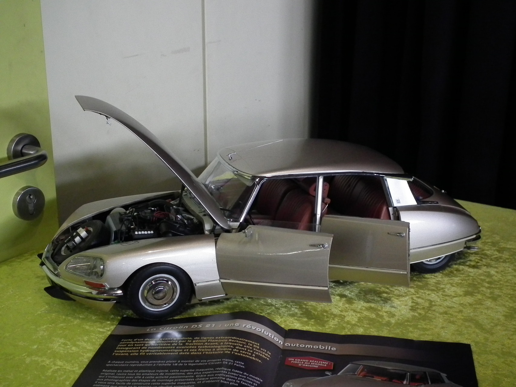 Metallmodell in 1/8