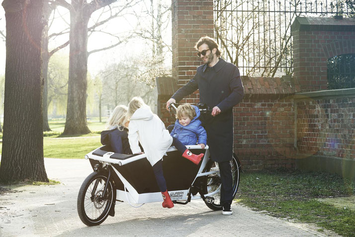 Urban Arrow e-Cargobike und Lastenvelo Family 2020